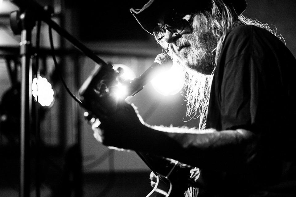 Wieczór bluesa i rockowych ballad – Antek Krupa